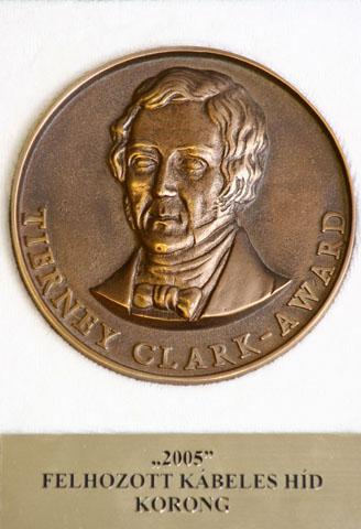Tierney Clark Díj 2005